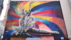 Mural A bailarina de Eduardo Kobra em Moscou
