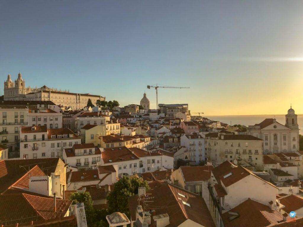 Miradouro Portas do Sol em Lisboa, Portugal