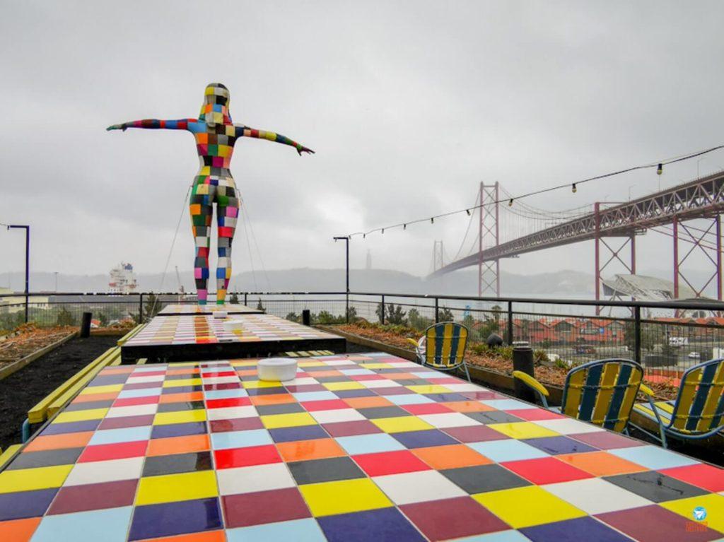 Rio Maravilha no LxFactory em Lisboa, Portugal
