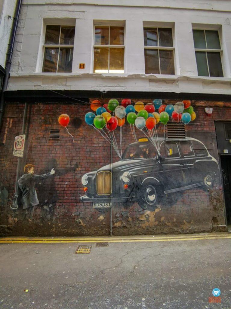 O táxi mais econômico do mundo - Grafites de Glasgow, Escócia