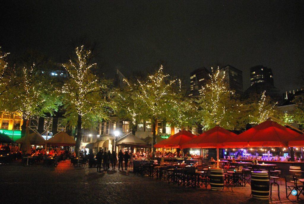 Het Plein, praça em Haia, Holanda