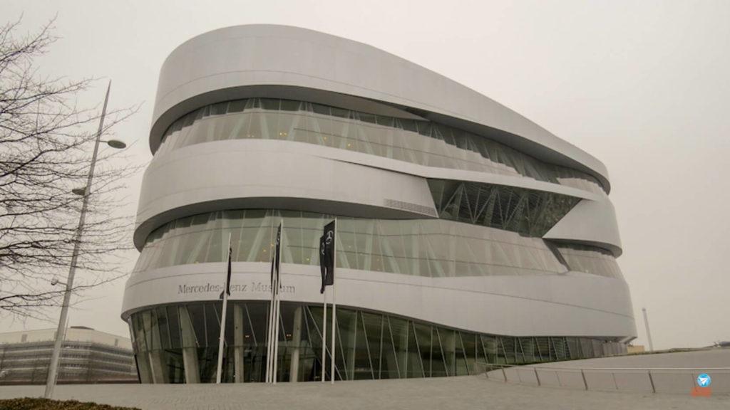 Visita virtual ao Museu da Mercedes-Benz na Alemanha