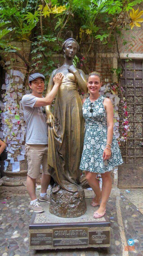 Estátua de Julieta em Verona