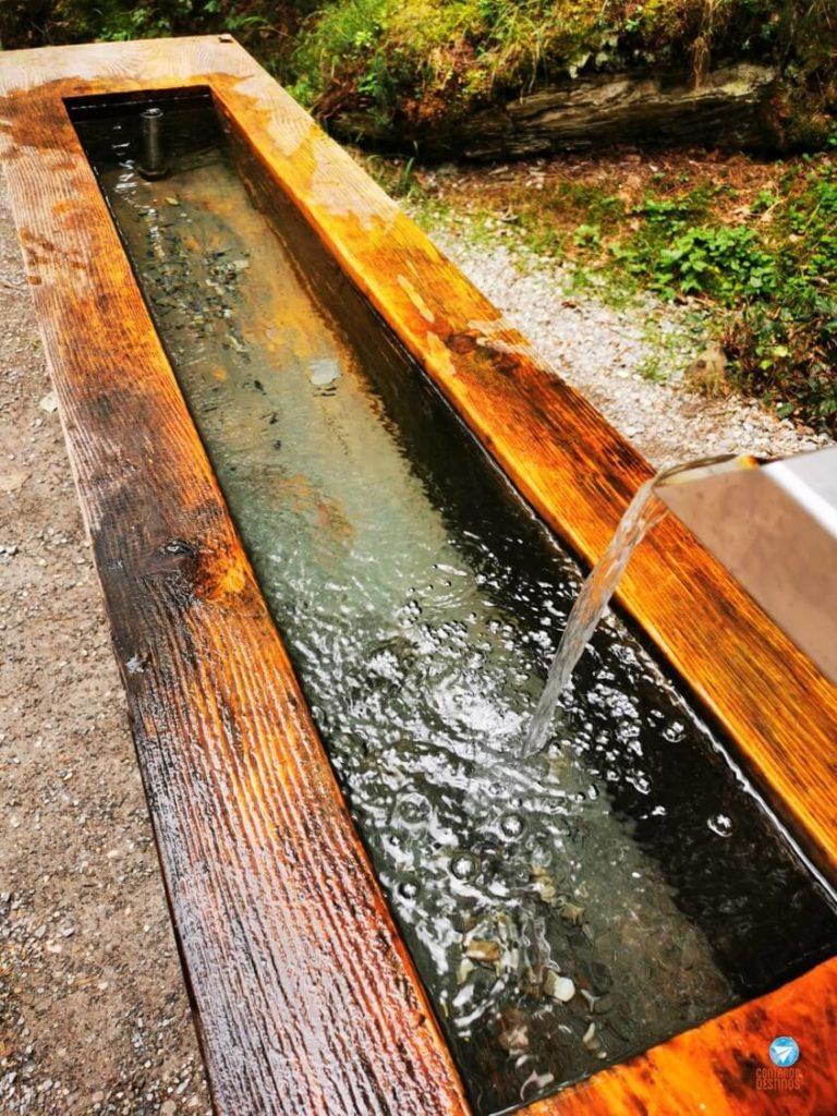 Fonte de água na Suíça
